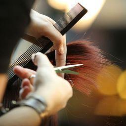 Damklippning på Hair Beauty.